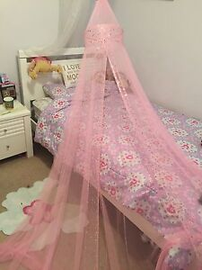 Canopy princess net for over bed Woodvale Joondalup Area Preview