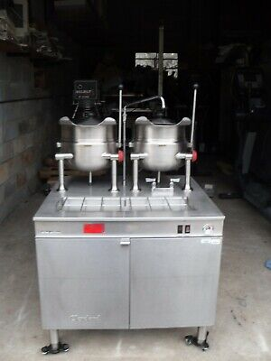 Used Cleveland Double 2-5 Gallon Steam Kettle Model 36emk5518 36 Cabinet