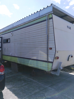 Caravan 30 ft
