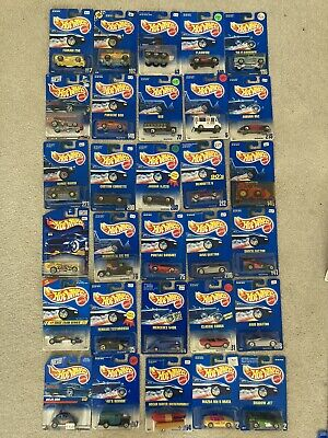 Vintage Hot Wheels various years LOT OF 30 (Lot D1)