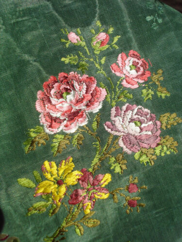 antique french 18th c silk brocade from early robe VGC -  n° 1