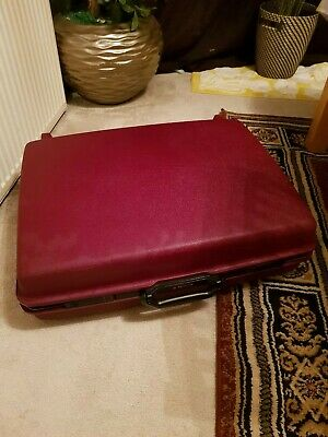 Samsonite Saturn Deluxe Luggage Suitcase Hard Shell, Maroon color