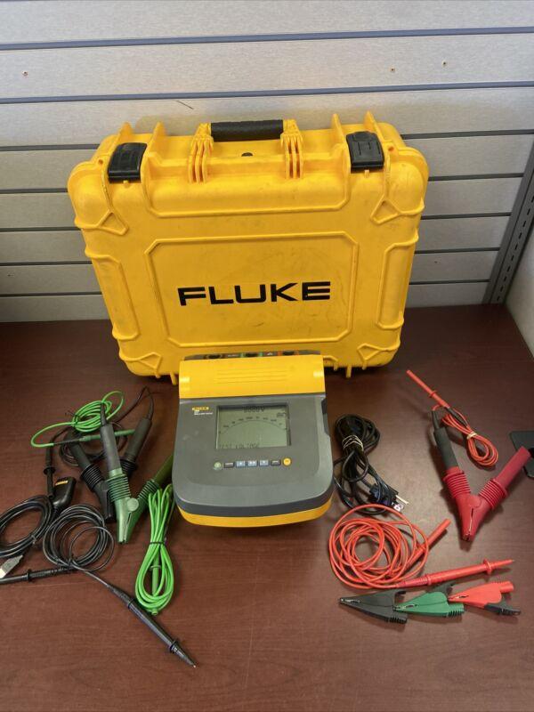 Fluke Fluke-1555/Kit Battery Operated Megohmmeter,10,000Vdc
