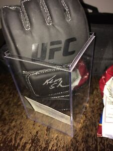 UFC replica glove signed by the legend Ken Shamrock
