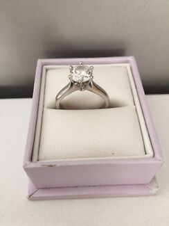 White gold solitaire engagement ring Bassendean Bassendean Area Preview