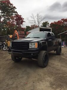 2007 GMC Sierra slt 1500 part out or sell