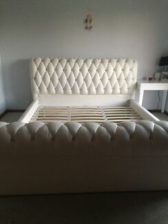 King white bed