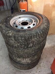 Hiver rim tire pneu sierra silverado 2500