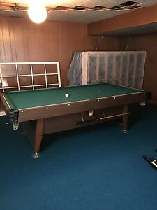 Gendron Pool table for sale