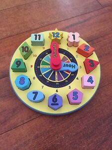 Melissa and Doug clock