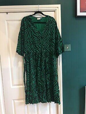 Junarose Dress Size 22