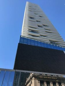 Harbour Plaza - Luxury 1 bdrm + Den Condo For Rent in Downtown