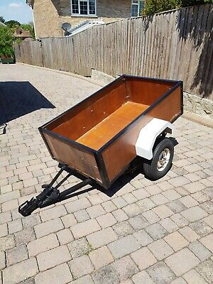 Used car trailer 5 ft by 3 ft - good tyres - old but very useful