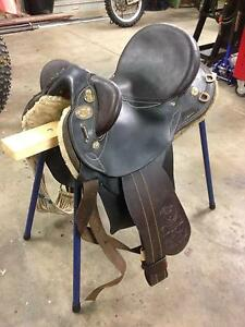 Australian made stock saddle Crows Nest Toowoomba Surrounds Preview