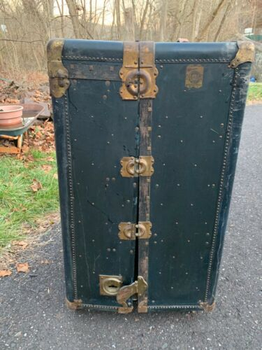Antique HARTMANN Wheary Steamer Trunk Wardrobe Cushion Top Orig Key Incl. 1914