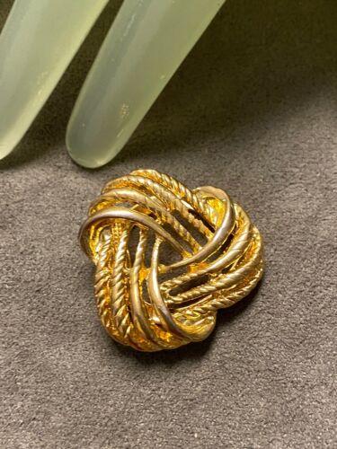 "Vintage 1 1/4"" Goldtone Triangle Shape Knot Style Scarf Clip - I"
