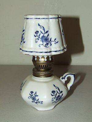 Vintage Miniatur Delft Porzellan Öl Kerosene Nachttisch Lampe W / Passende Kamin (Passende Nachttische)