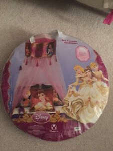 Disneystore Disney Princess bed canopy