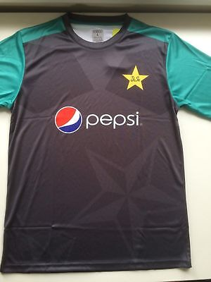 ae4e88e13 Authentic Pakistan Cricket Team Short Sleeve Training Jersey Shirt Large  2018