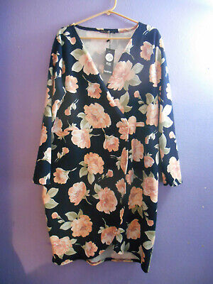 Size 20 BOOHOO PLUS Floral Wrap Dress Peach Navy Blue Made in UK Poly Blend NWT