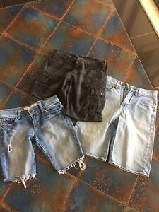 Shorts Long Ladies/Teen Size 8-10 Victoria Point Redland Area Preview
