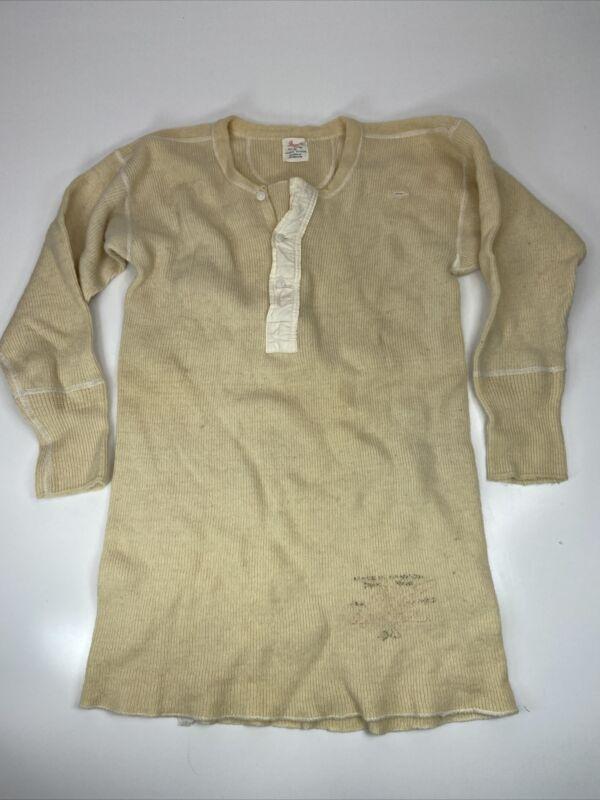 Penmans Vintage Men's Wool Blend Henley T-shirt Long Sleeve Size 38 Cream 1960's