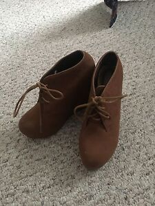 Brown suede booties size 5 1/2