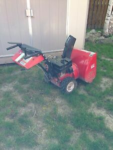 Has Snowblower 8hp/24 inch