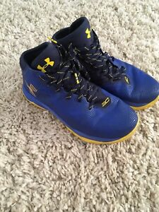 Under Amour Boys running shoes