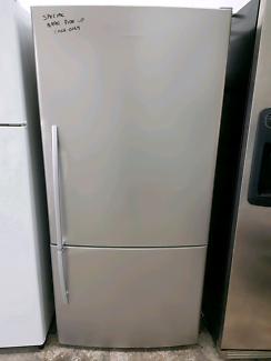 SPECIAL! Fisher&Paykel Fridge/Freezer. 519 Litre
