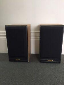 Jpw 310 bookshelf loudspeakers Sandringham Bayside Area Preview