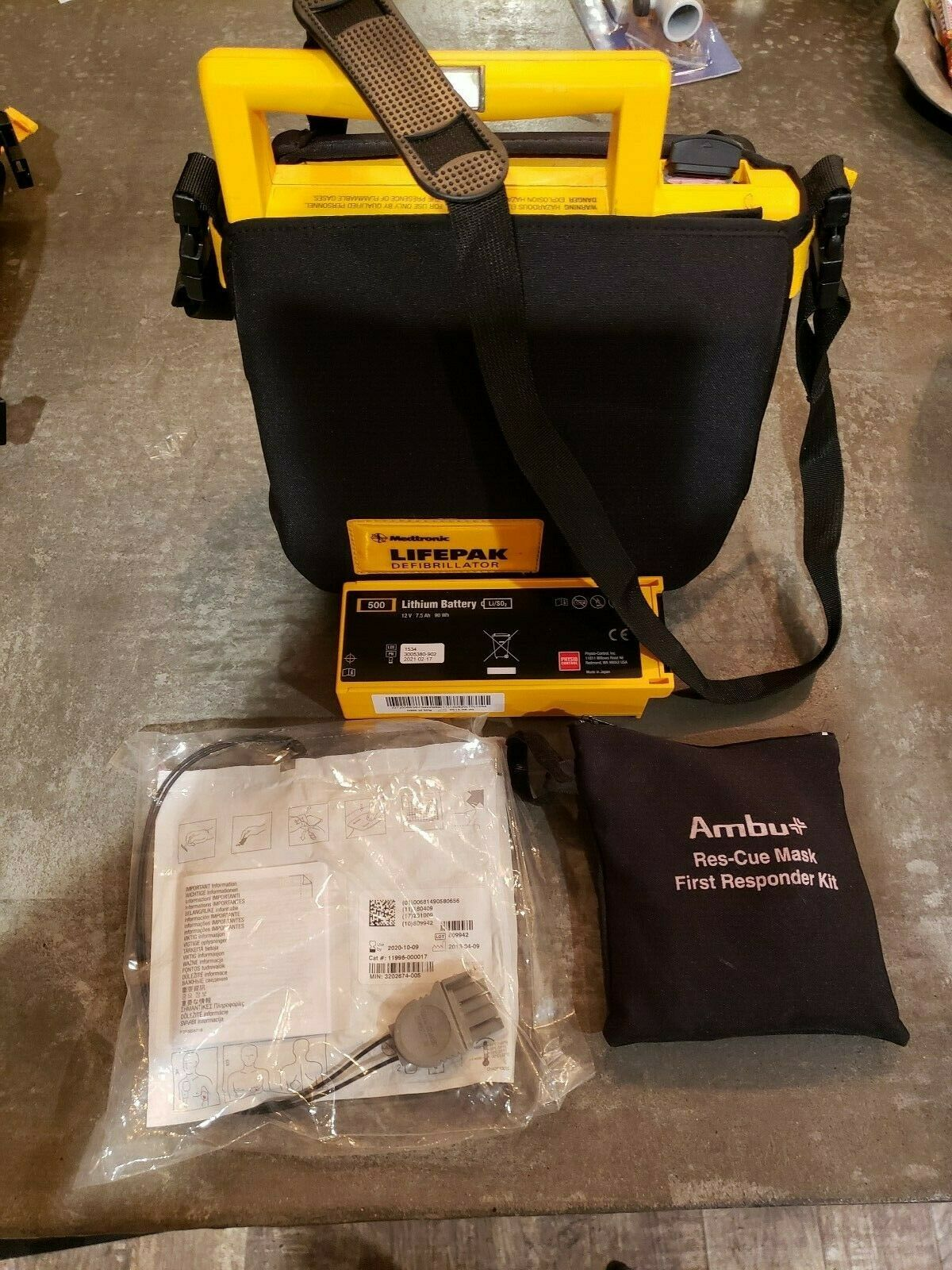 Lifepak 500 defibrillator AED + Case  with pads and brand new battery