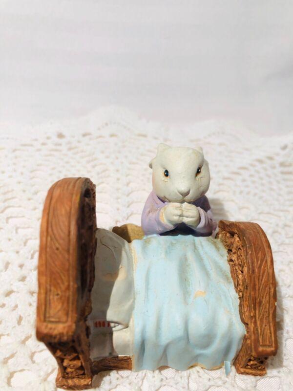 Bunny Figurine 1989 Willitts Design Bunny Saying His Prayers Item 8023