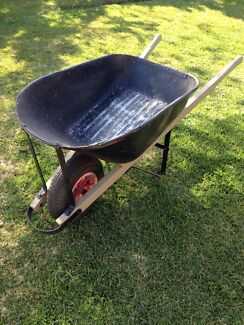 Heavy duty wheelbarrow - Wesbarrow Mount Annan Camden Area Preview