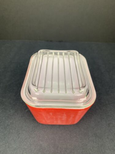 Vintage Pyrex Red Fridgie Stamped With Lid Authentic Some Washer Damage - $4.99