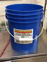20 L pails for sale very clean with lid 1.50 each