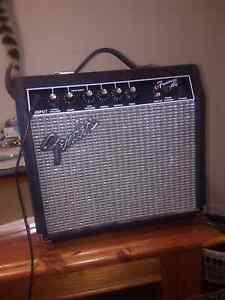 Fender frontman 15g amp Park Ridge South Logan Area Preview