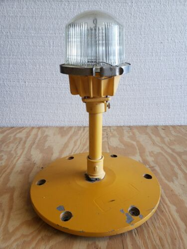 Rare Double Globe Taxiway Lamp Airport Runway Light Plane Helicopter Mancave #19