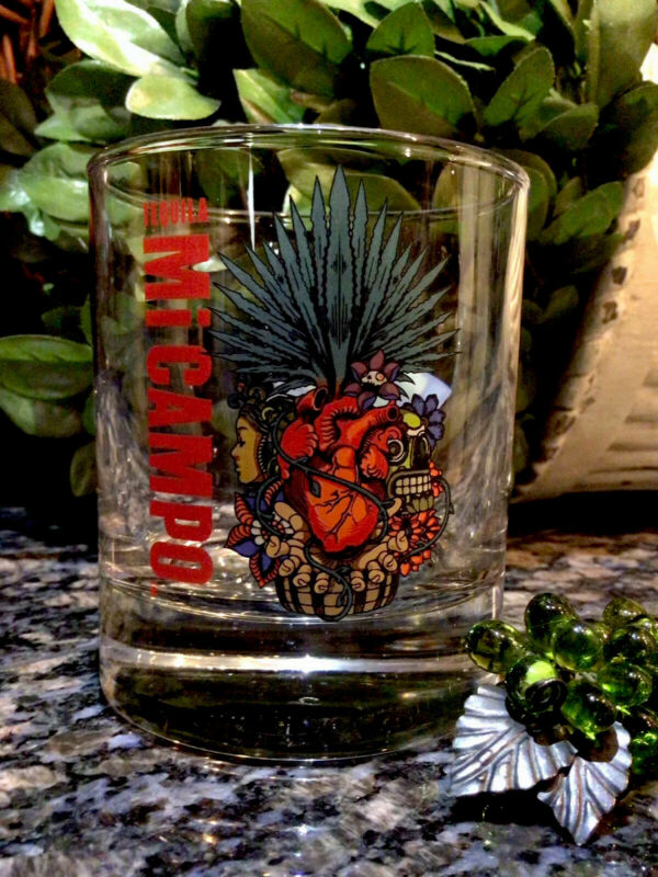 Exclusive  MI CAMPO TEQUILA  Raul Urias Artwork Rocks Glass  MEXICO ~ PRISTINE!