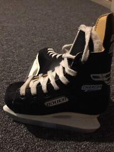 Patins enfants BAUER size 9 /kids skates