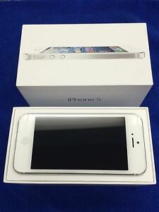 iPhone 5 16gb white Unlocked in Great Condition Mount Gravatt Brisbane South East Preview