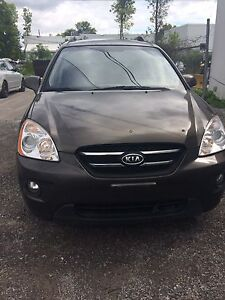 2009 Kia Rondo 4cylindre 7passagers