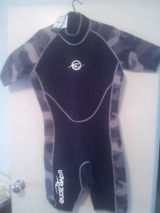 Wetsuit - New Old Reynella Morphett Vale Area Preview