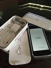 Iphone 5c 16gb unlocked white Hampton Park Casey Area Preview