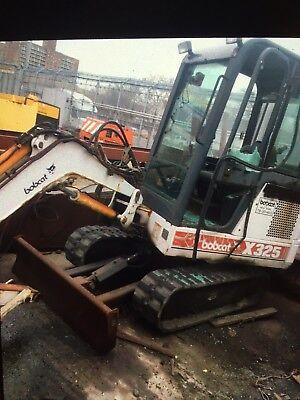 Bobcat Mini Excavator X325