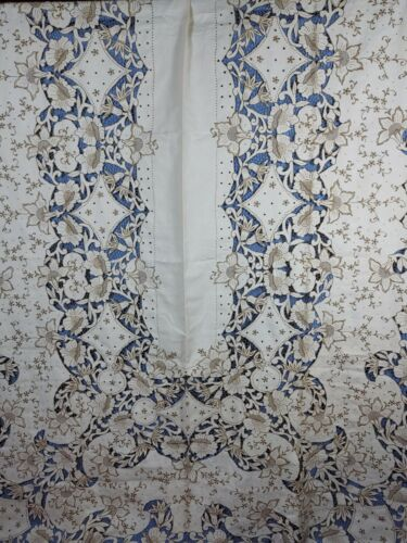 EMBROIDERED MADEIRA TABLECLOTH WITH CUTWORK & EMBROIDERY