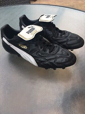 Puma King Moulded Football Boots