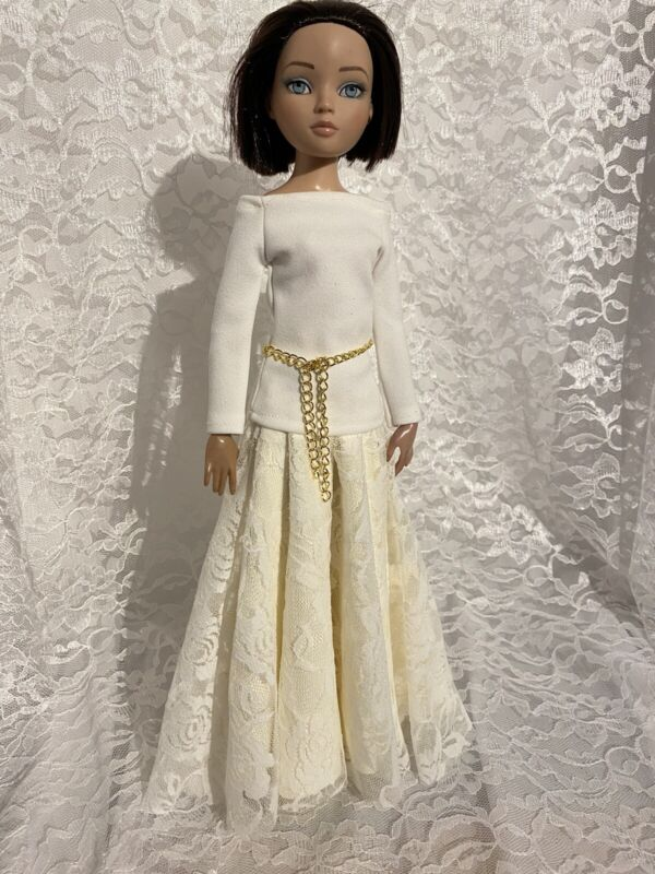 """Ellowyne Wilde 16"""" Doll Tonner Outfit Fashion Gown - Winter White And Lace"""