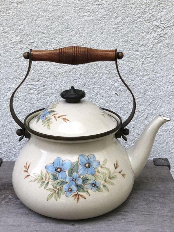 Vintage Mikasa Grande Chef Day Dreams Teapot Kettle Enamel Brass 2.5 QT UN704