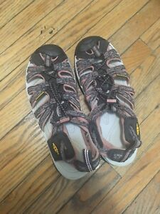 Keen's sandals - size 8